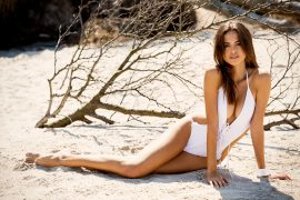 THE BEACH - Karla Azevedo Women  photography models Karla Azevedo fashion model fashion   // lionsmag.com - premium nude photography magazine