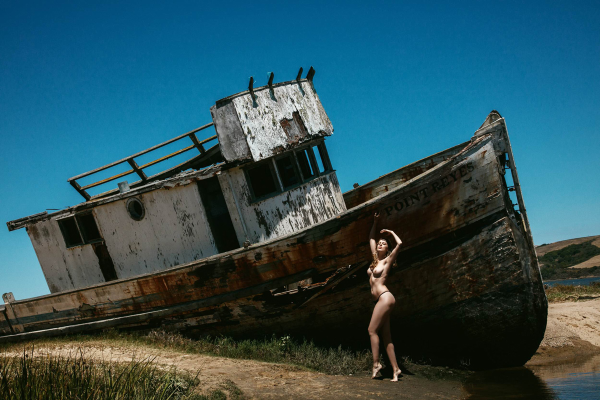 Shipwreck Editorials  Jeff Tse Hillary Trainer body art body bikini beachwear art   - LIONS - premium nude photography magazineShipwreck Editorials  Jeff Tse Hillary Trainer body art body bikini beachwear art   - LIONS - premium nude photography magazineShipwreck Editorials  Jeff Tse Hillary Trainer body art body bikini beachwear art   - LIONS - premium nude photography magazine
