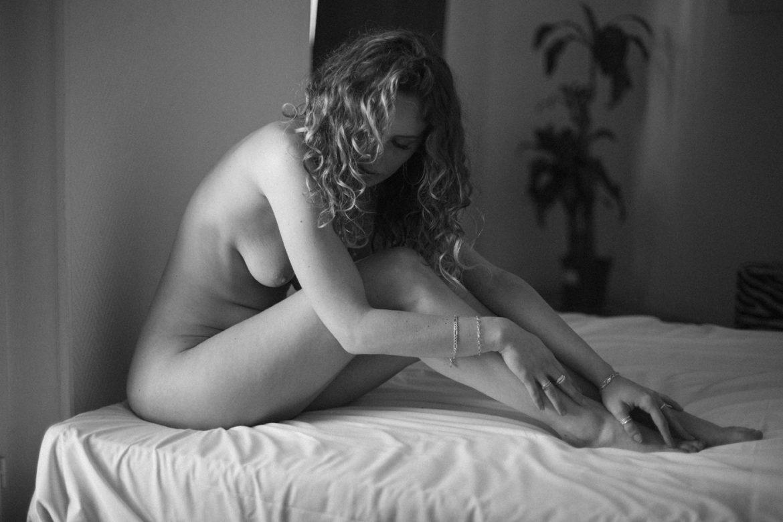Stop wishing. Start living .. Women  Sébastien Pastor photography photographer models model lionsmag lions magazine lingerie fashion editorial Delphine Donnadieu body blackandwhite   // lionsmag.com - premium nude photography magazine