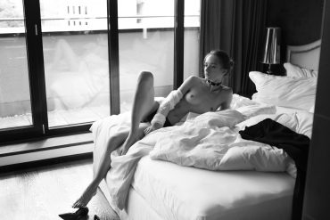 Vita Women  Vita Goncharuk photoshooting photoshoot photography photographer nudes nude art Hannes Walendy body art body blackandwhite beach babes art   // lionsmag.com - premium nude photography magazine