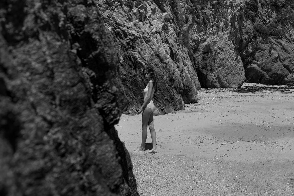 Mathilde Women  photoshoot photographer nude art models model lionsmag lions magazine editorial body blackandwhite bikini beachwear beach Arthur Hubert Legrand art   // lionsmag.com - premium nude photography magazine