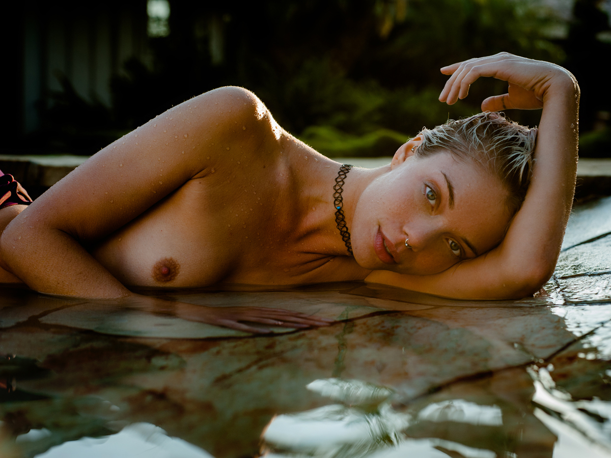 Nude Photography Magazine - Blondie photographed by ...