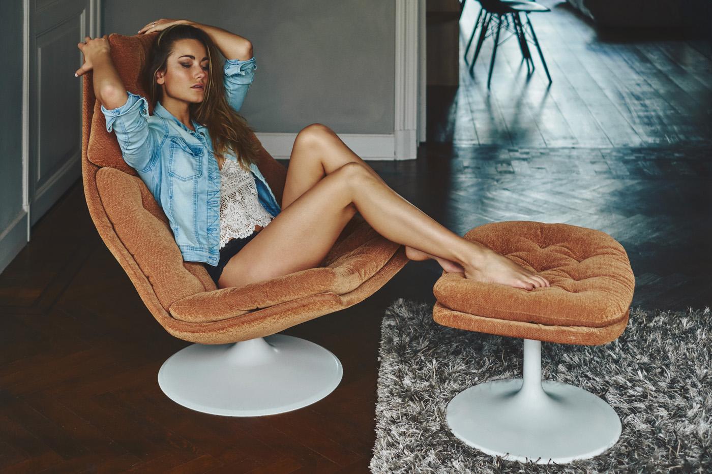 Model Sherelle De Jong photographed by Michel Verpoorten.
