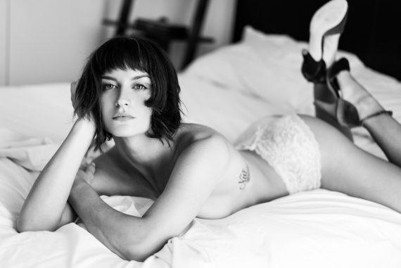 Joanna Women    // lionsmag.com - premium nude photography magazine