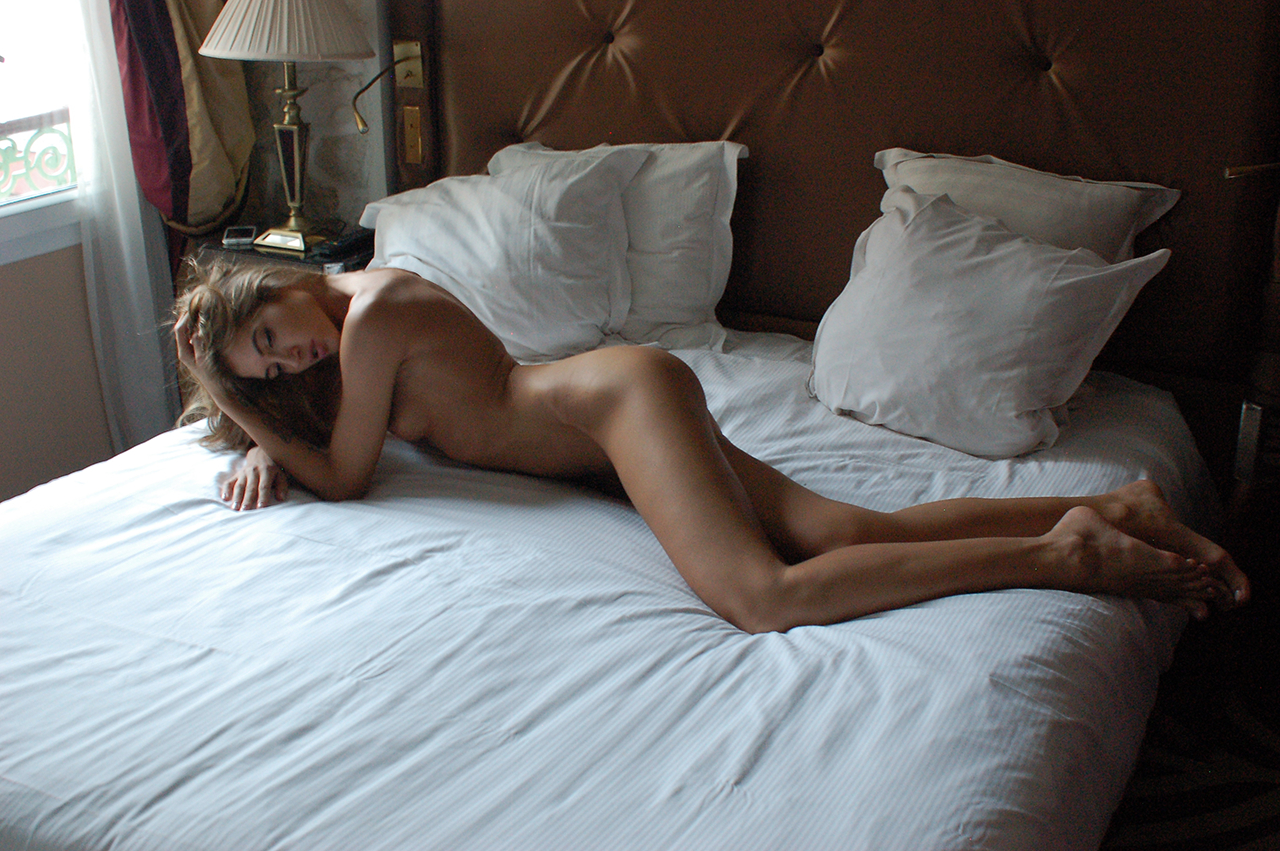 Taya Women    // lionsmag.com - premium nude photography magazine