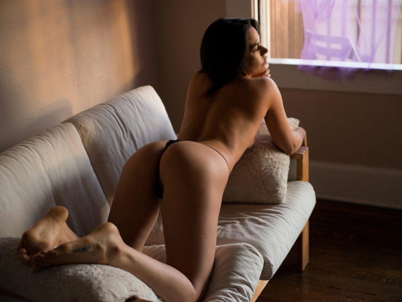 Vivi Women    // lionsmag.com - premium nude photography magazine