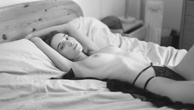 Mirror of desires Videos Women    // lionsmag.com - premium nude photography magazine