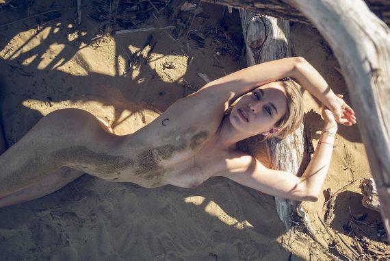 Blue eyes Women  photographer nudes nude art nude editorial body art beachwear artwork art   // lionsmag.com - premium nude photography magazine