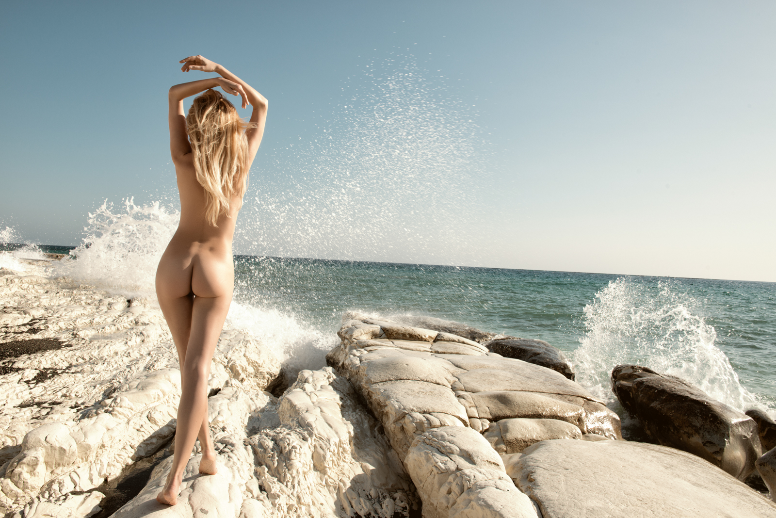 NUDE IN NATURE Book by Stefan Imielski