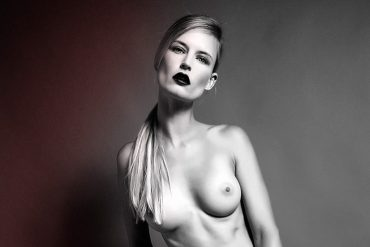 The Blonde Women    // lionsmag.com - premium nude photography magazine
